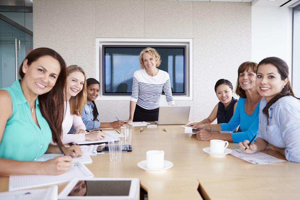 Colaborari cu cele mai mari site uri si trainer dedicat